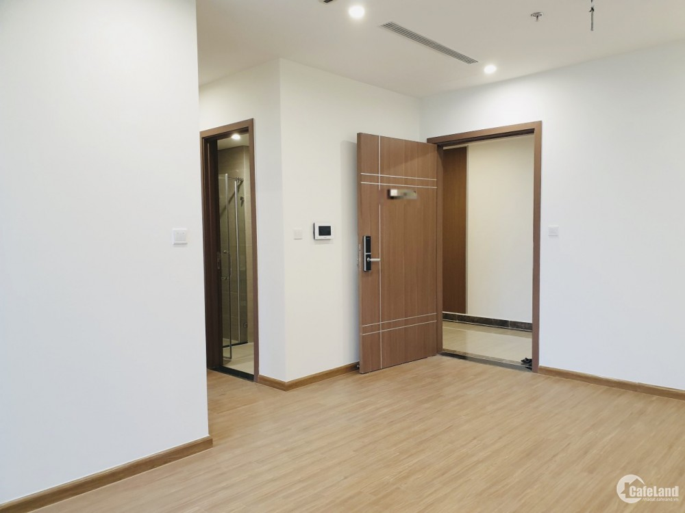 Apartment for rent at Vinhomes Sky Lake - Pham Hung, 95M2, 3 bedrooms, 2WC, basic