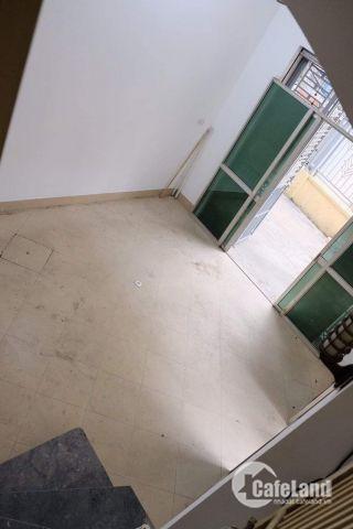 Cho thuê nhà ở tại Nhân Chính - THanh Xuân  - Hà Nội Cho thuê  mặt bằng làm nhà ở hoặc phòng trọ, diện tích 35m2   tại ngõ 109 Quan Nhân, nhà mới xây, 5 tầng, p