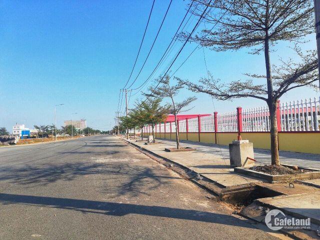 Cần bán gấp 3 nền liền kề trong khu dân cư mới Tỉnh Lộ 10, SHR, đường nhựa 20m