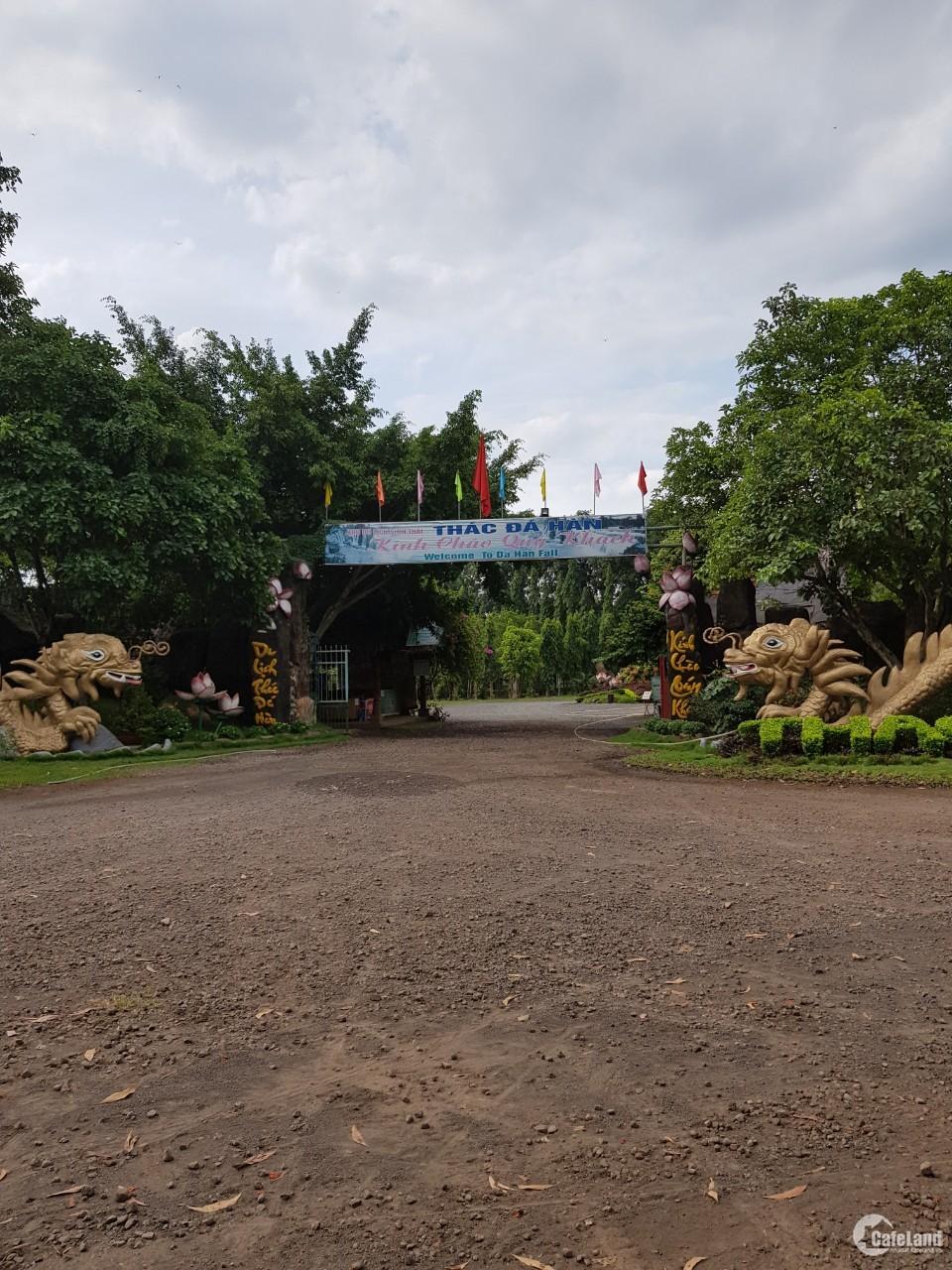 Bán 1 sào đất  mặt tiền đường 6m,gần đường Nguyễn Hoàng thị trấn Trảng Bom