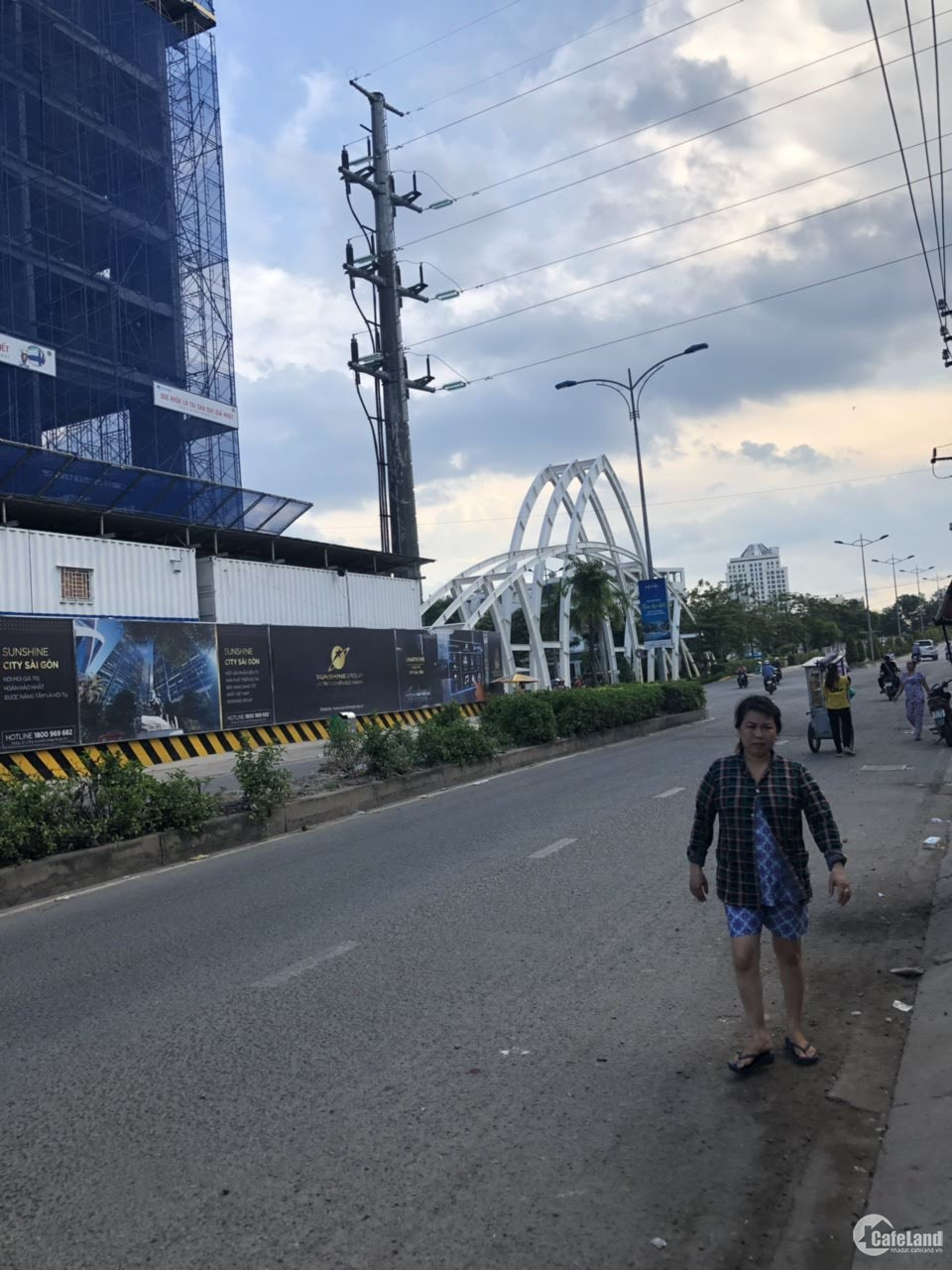 Cần cho thuê mặt tiền mở quán cafe đường Phú Thuận