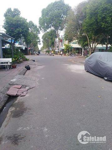 Khách sạn 3 sao 72 phòng Mặt Tiền Đường Nguyễn Thái Bình quận 1