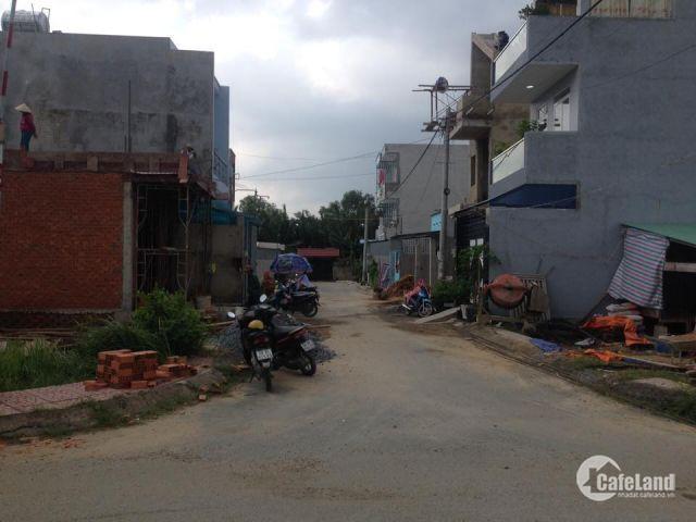 Cần bán gấp lô đất mặt tiền Nguyễn Văn Qúa