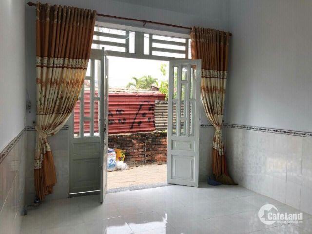 Cần tiền bán gấp nhà 1 sẹc Bờ Bao Tân Thắng DT 4,25x12m giá 3,3 tỷ