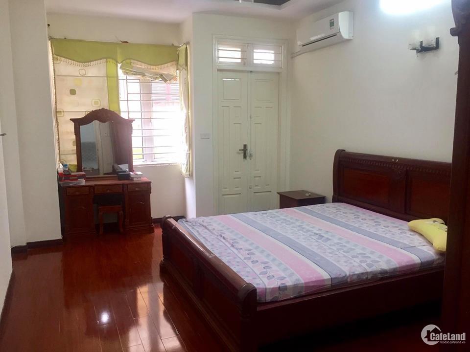 Cho thuê nhà mặt phố Dương Khuê, Cầu Giấy. 5 tầng, 26 triệu