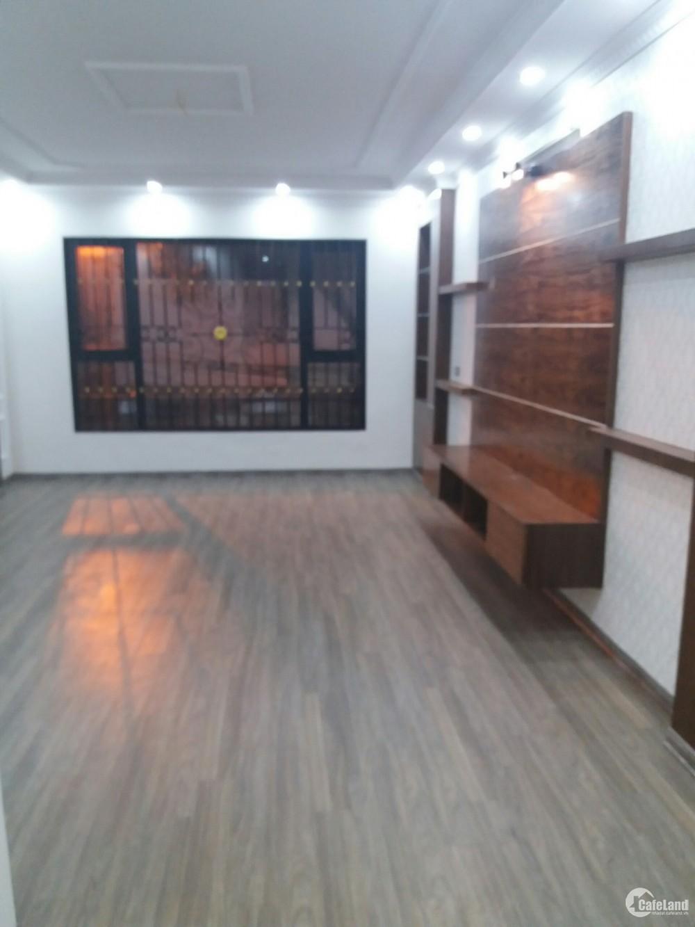 Cho thuê nhà mặt phố Tôn Đức Thắng. 7 tầng, 130m2, mt 6,6m