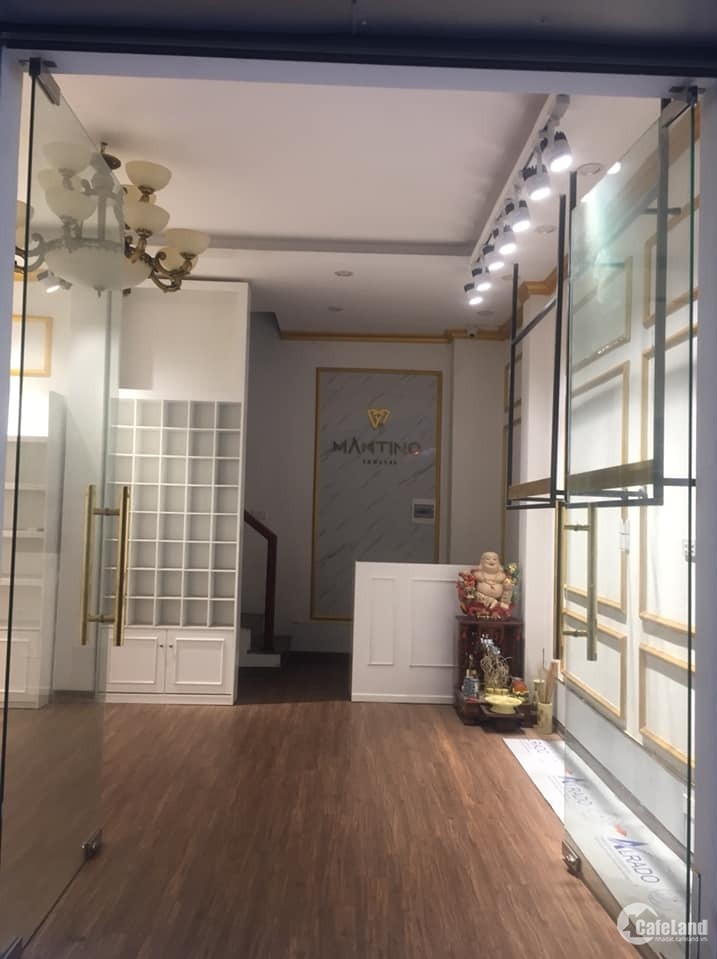 Cho thuê nhà 3,5tầng để ở,văn phòng tại Minh Khai,20tr.