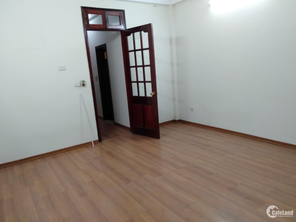 Cho thuê nhà ngõ phố Nguyễn Xiển gần ngã tư Nguyễn Trãi, DT55m2 x 5 tầng, 7 phòng, tiện làm VPCty