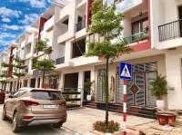 Bán nhà 4 tầng, có sổ đỏ tại trung tâm TP Việt Trì LH : 0975676534