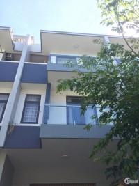 Cho thuê nhà khu Đa Phước Đà Nẵng,3 tần,đầy đủ nội thất giá 18 triệu tháng có(th