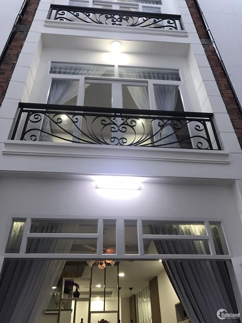 Bán nhà mặt phố, 1 trệt 2 lầu, 3 phòng ngủ, 3WC, Tô Ngọc Vân, quận 12.