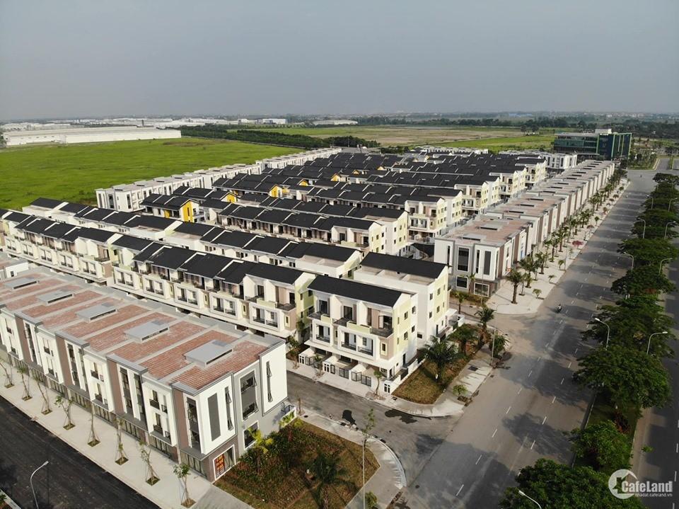 Bán căn nhà 3 mặt tiền, 3 tầng diện tích đất 137m2 đường trước nhà rộng 56m giá