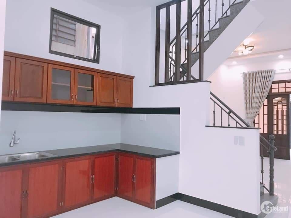 Nhà Nguyễn Sinh Cung, 3 tầng, kiệt 4m