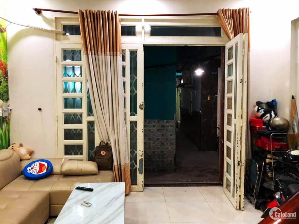 Bán nhà 4 Tầng, đường Nguyễn Tiểu La, Quận 10, DT 40m2.