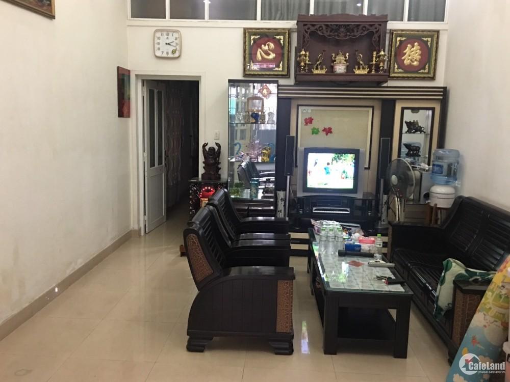 Nhà chính chủ cần bán gấp nhà ngã tư Bình Triệu, cách nhà thờ Fatima 200m