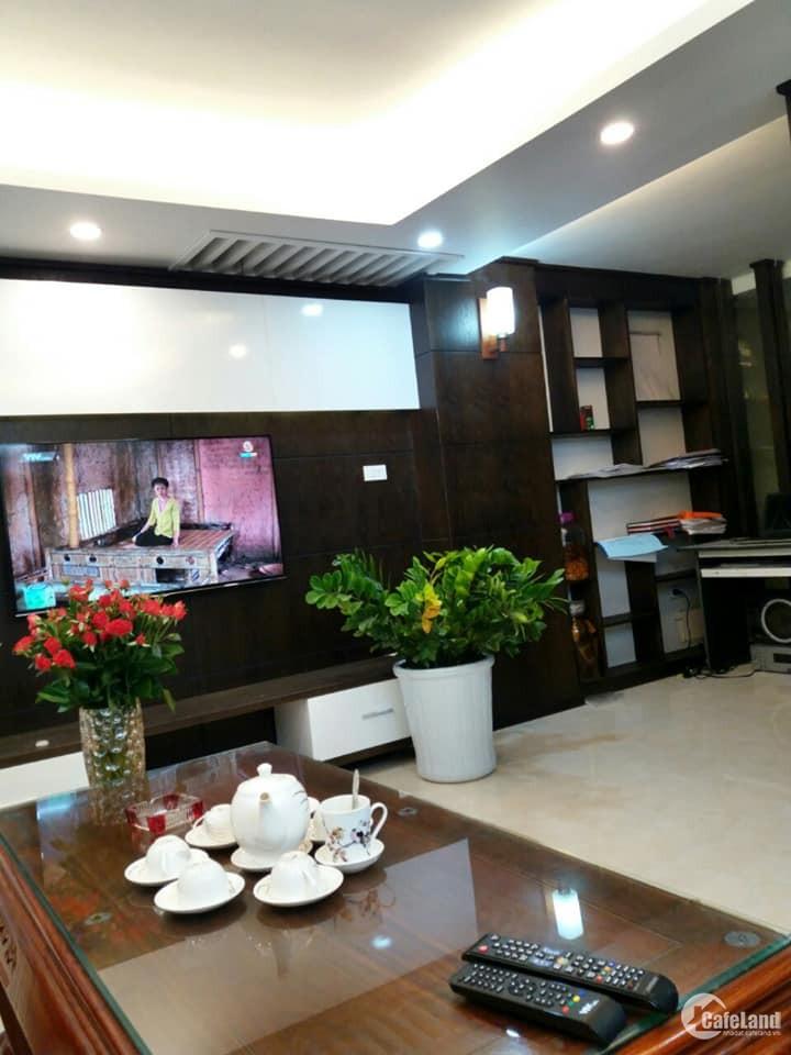 Bán gấp nhà phố Tựu Liệt, ở luôn, 43m2 x 5T giá 2.6 tỷ