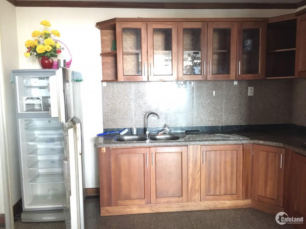 Cần cho thuê gấp căn hộ Giai Việt Q8, DT 115m, 2pn, giá 11.5tr/th. LH 0905602282