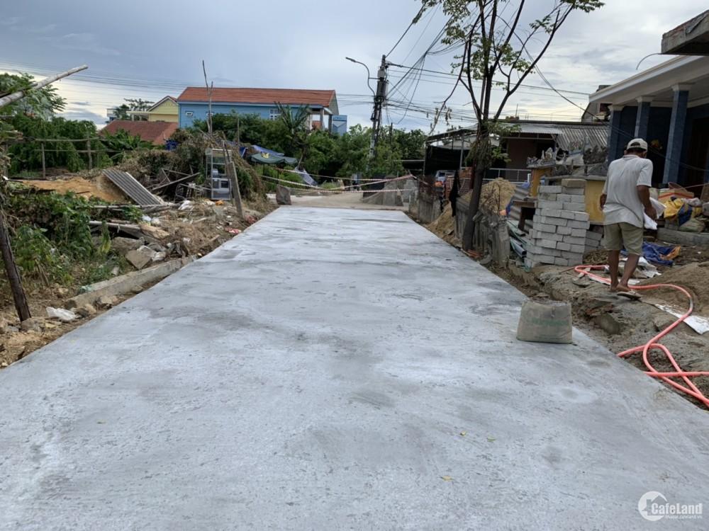 Đất Nguyễn Lộ Trạch - sau lưng KQH Xuân Phú - Khổ 100m2 - hướng Nam