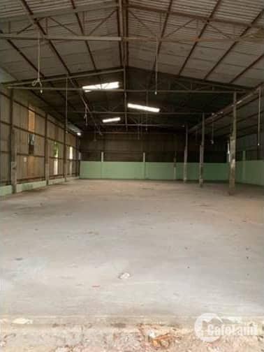 Cho thuê kho xưởng kinh doanh 1.000m2 mặt tiền khu vực Bình Chánh.