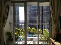 Chính chủ gửi bán căn hộ Vinhomes Central Park  2PN , 4,9 tỷ bao hết, tầng cao,