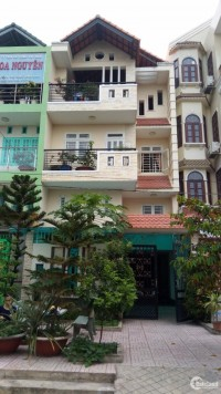 Chính chủ bán nhà liền kề full nội thất, đường số 16, An Lạc, Bình Tân