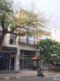 Cần bán khách sạn cao cấp 13 phòng khu Hưng Gia ở Phú Mỹ Hưng, Quận 7