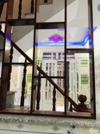 Cần bán nhà đẹp 1 trệt 2 lầu , đường Nguyễn Ảnh Thủ, Q12. 1 tỷ 600 triệu
