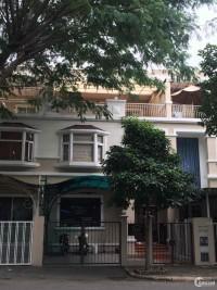 Cần cho thuê biệt thự cao cấp khu Mỹ Thái 3, Phú Mỹ Hưng giá 26 triệu