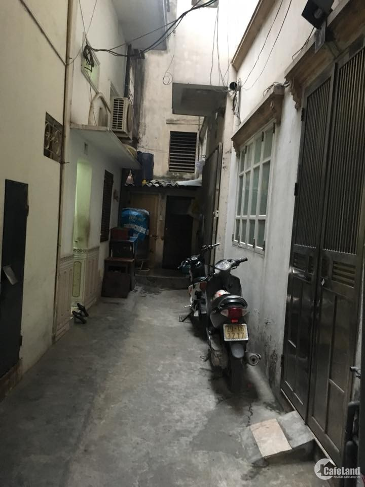 Chung cư mini phố Ngọc Thụy 520 triệu, DT 35m2, NT cơ bản