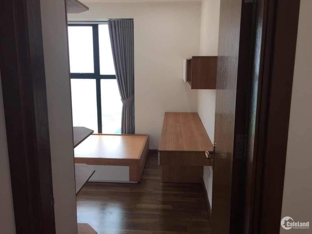 Căn hộ 93,59m2, 3 ngủ, ban công Đông Nam, nội thất đẹp , giá 3.1tỷ