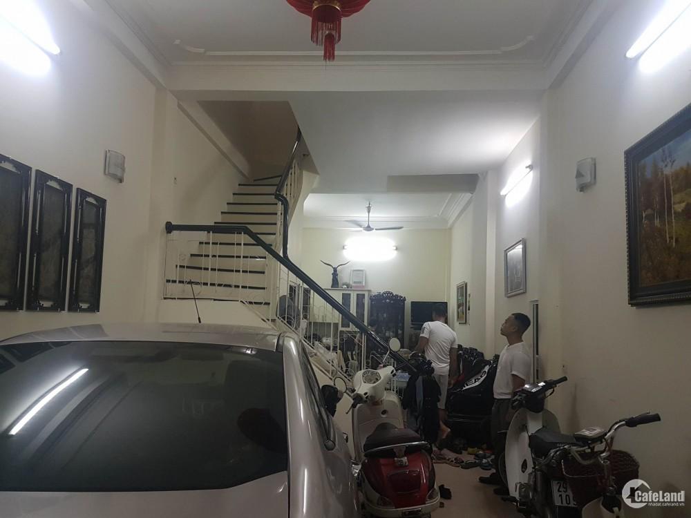Bán Nhà  Phân nô, Ngõ oto tránh, dân trí cao khu vip hoàng cầu- Thái Hà Giá 9.8T