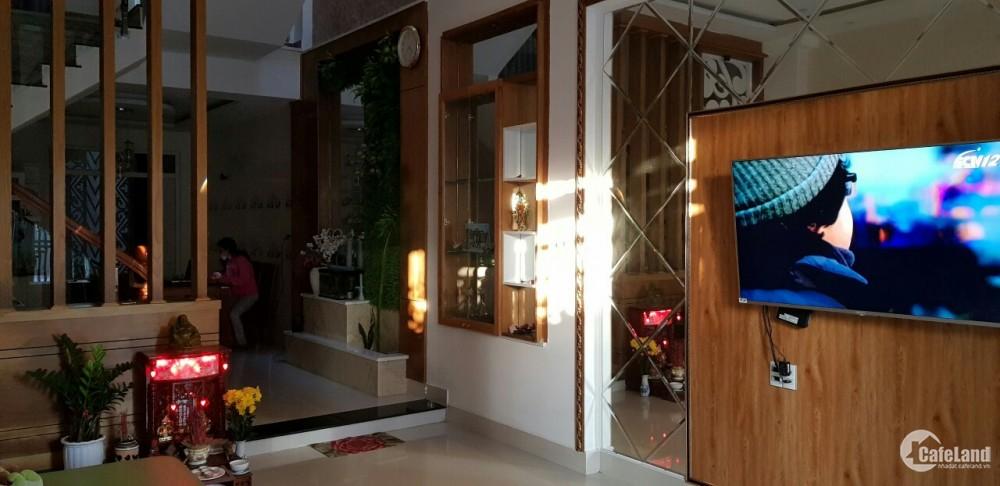 Bán nhà 4 tầng MT đường Trần Thanh Mại, nhà đẹp mới, giá bán: 8,5 tỷ