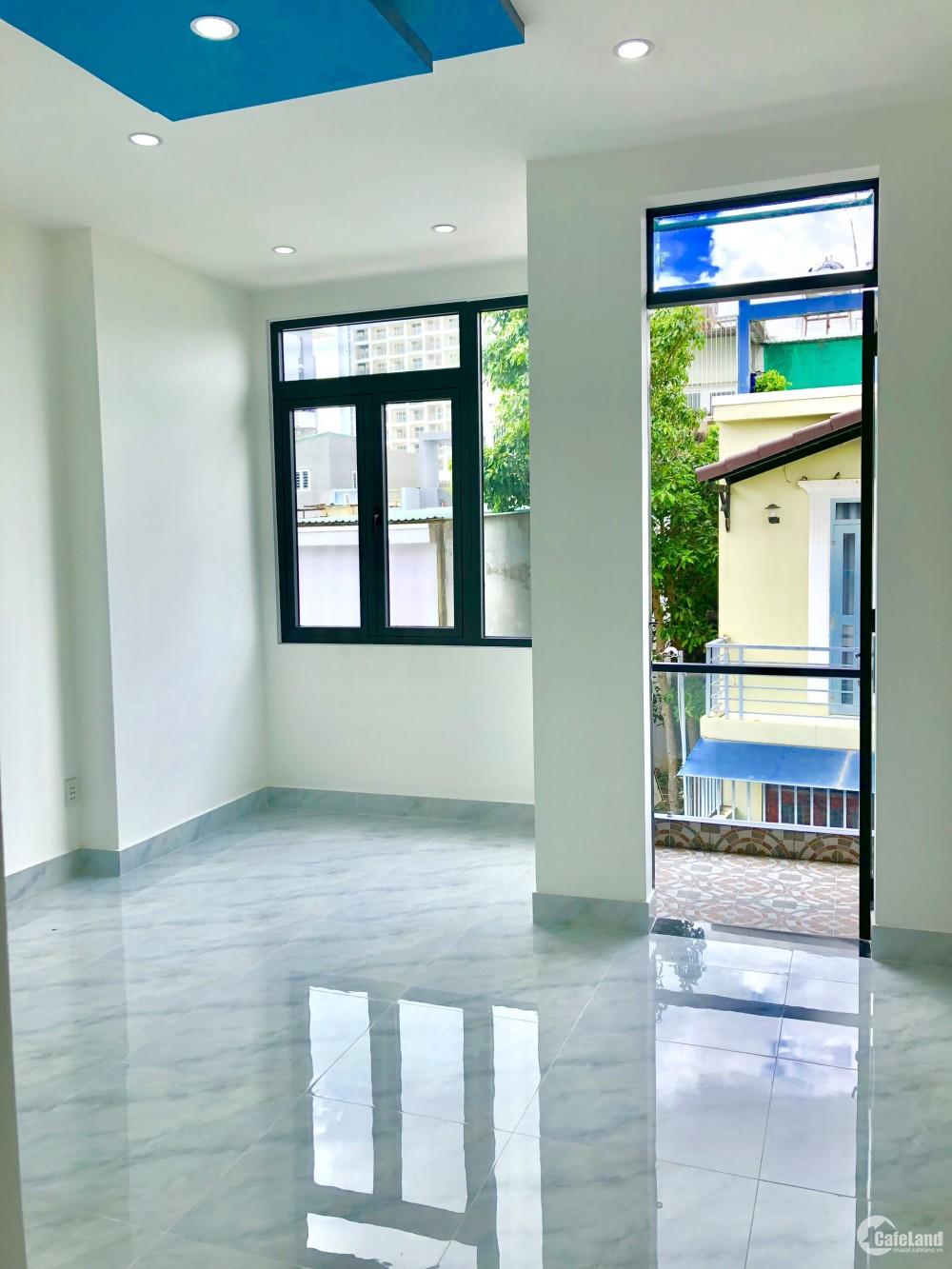 Chính chủ cần tiền gấp bán nhà 1t3l, 140m2, giá chỉ 3,8 tỷ, đường Võ Văn hát, Lo