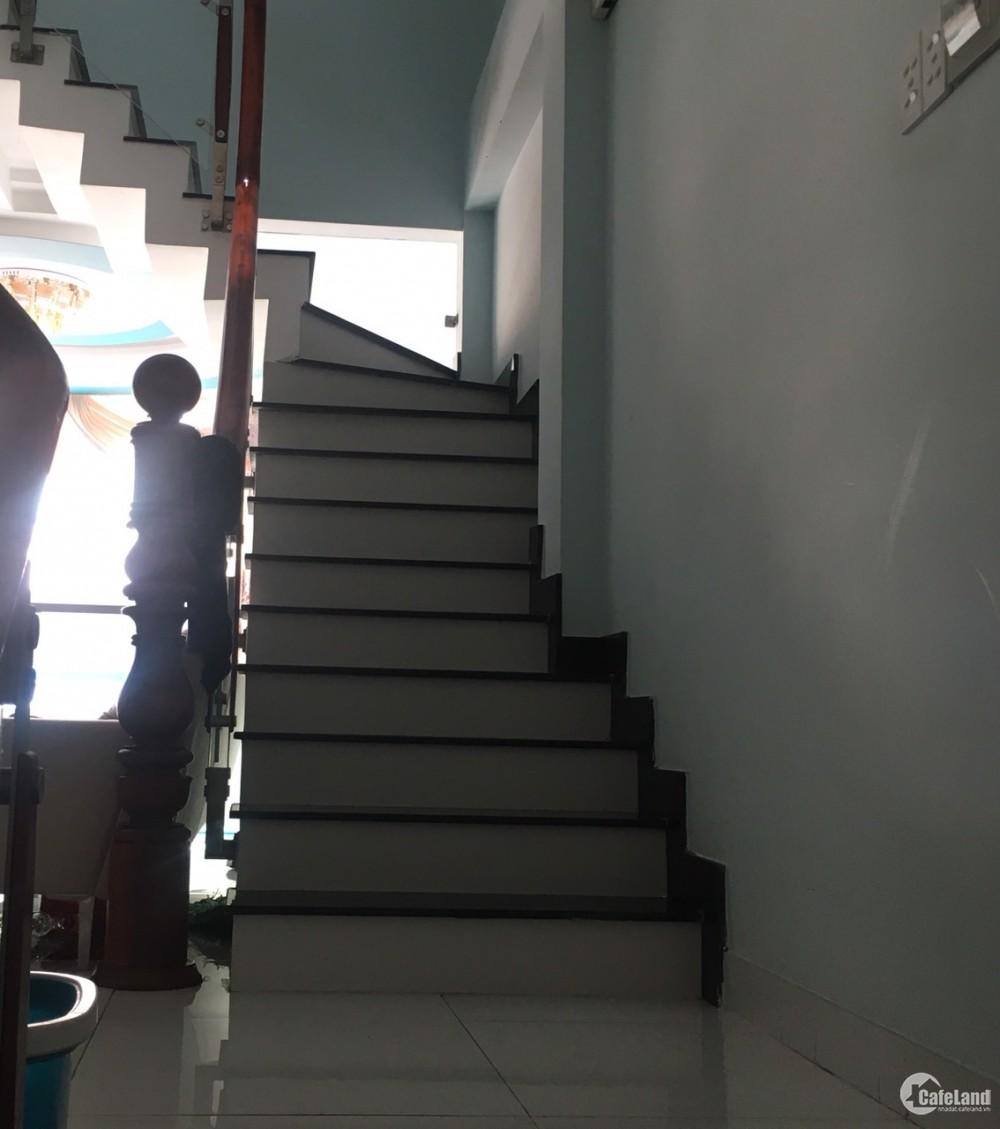 Cần bán gấp nhà hẻm lớn 7m Lê Đình Cẩn, Bình Tân.Diện tích : 4mx15m Giá: 4.55 tỷ