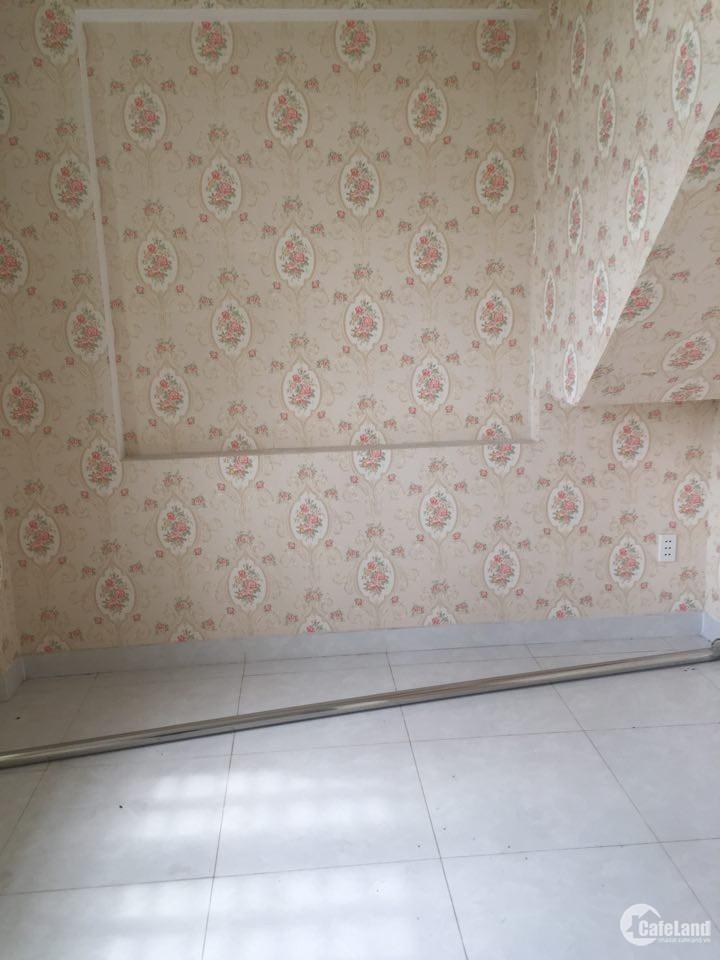 cần bán gấp căn nhà mới xây KCN vĩnh lộc giá 1ty420 còn thương lượng