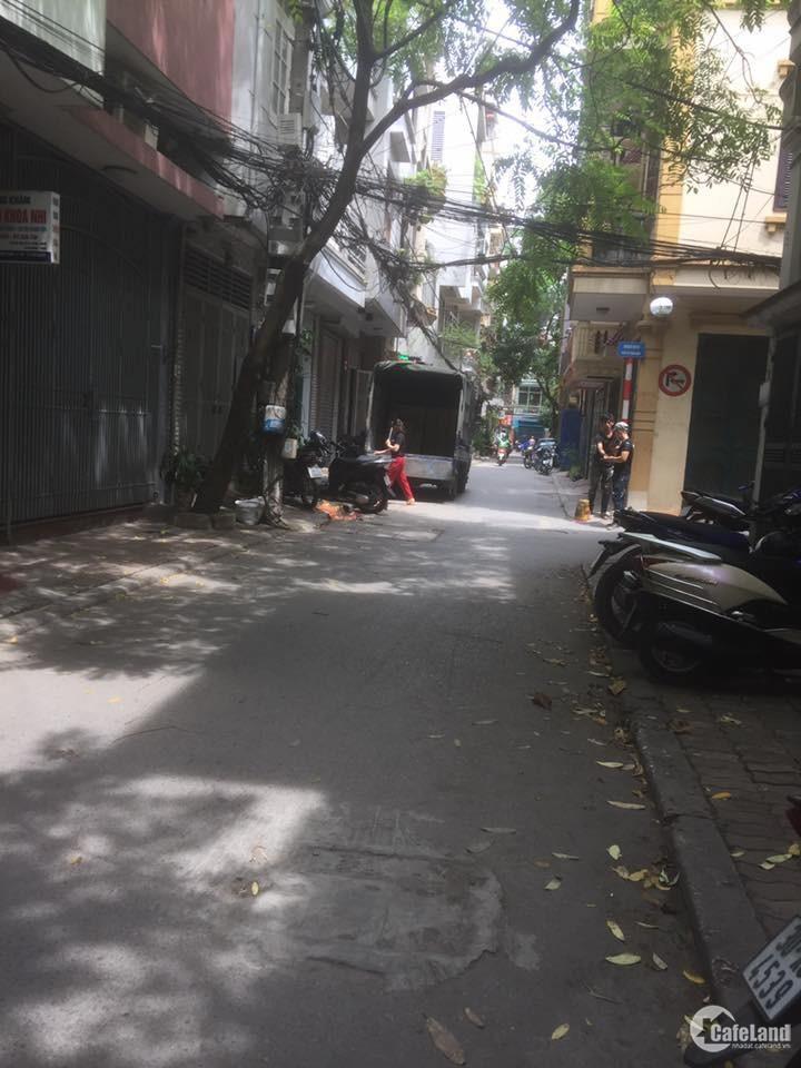 Bán Nhà Tô Vĩnh Diện, 2 mặt tiền, ô tô đỗ cửa, kinh doanh tốt.