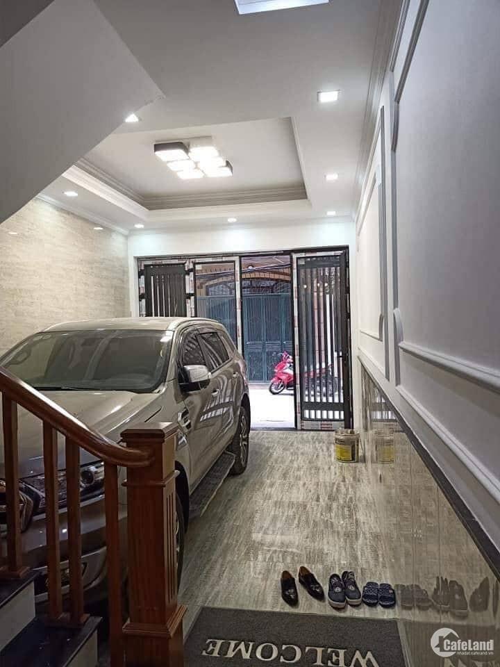 Bán nhà Tô Vĩnh Diện, phân lô Quân đội, ôtô vào nhà, 65m2 x 4 tầng, giá chỉ 7,5