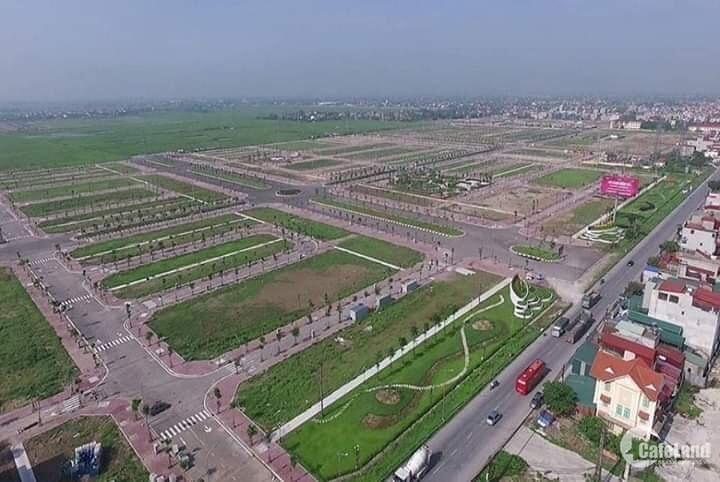 Cần bán gấp 200m2 mặt tiền QL14 cách trung tâm hành chính 2km, LH: 0933.459.553