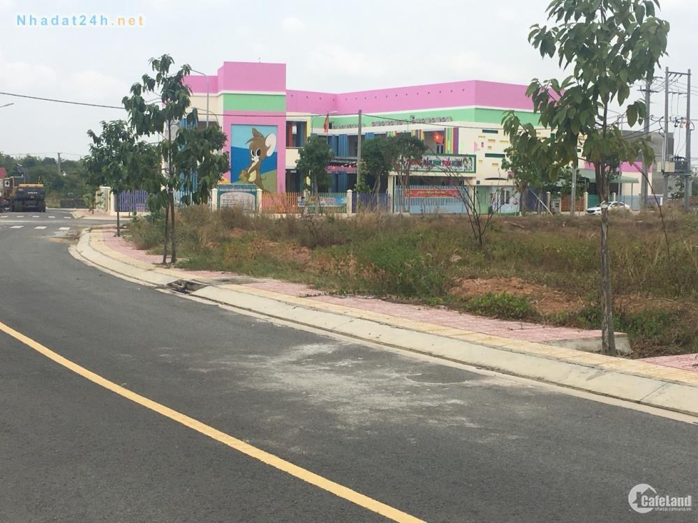 Đất chính chủ trước cổng trường học, cty may tiện mở quán photo, shop, cafe