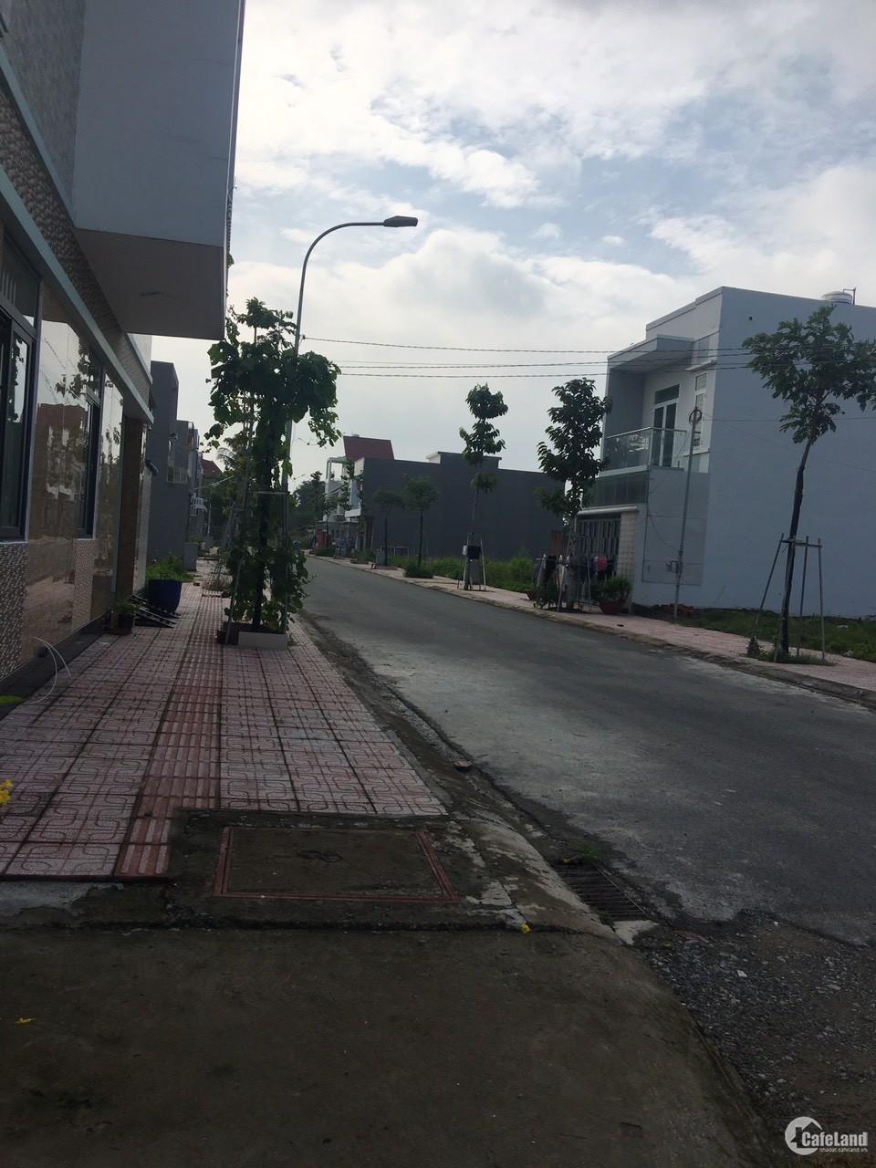 Chính chủ bán đất TP Biên Hòa thổ cư 100% 1.2ty/100m2 đường xe tải đi được