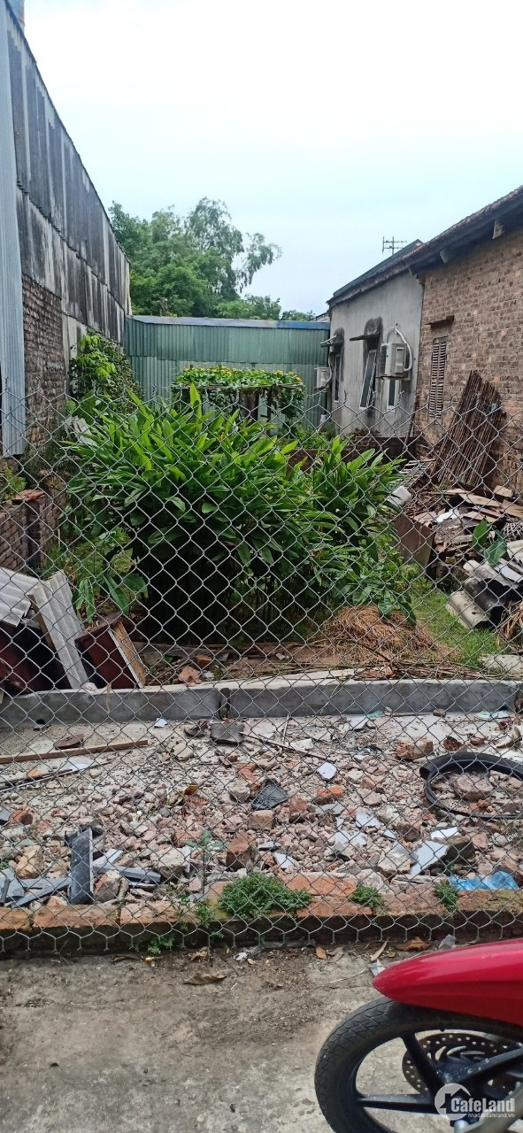 Bán đất thổ cư 51m2 Bến Trung, Bắc Hồng, Đông Anh. Ngõ Ô tô đỗ cửa.