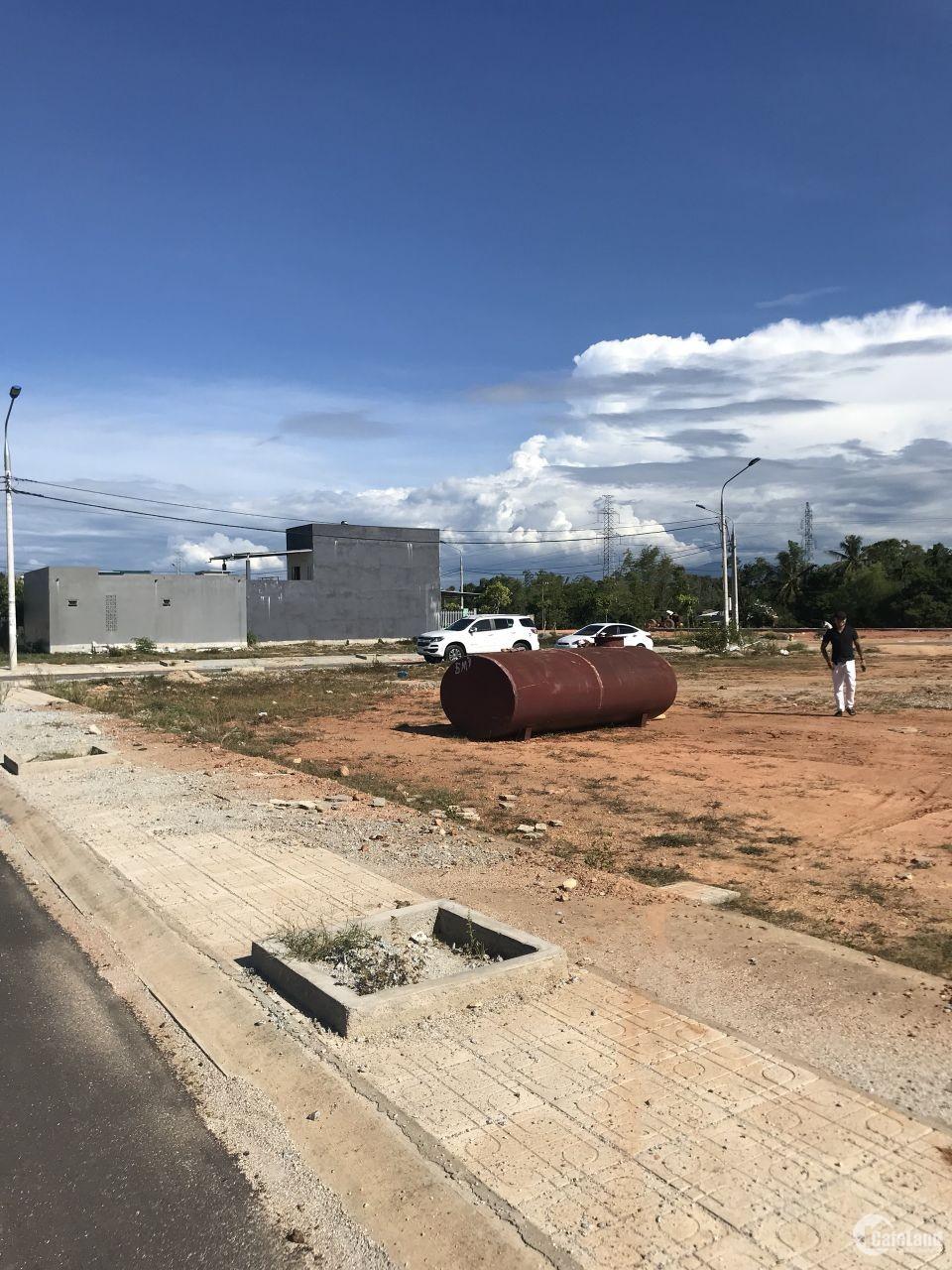 bán đất Tam Kỳ cạnh ga Tam Kỳ, khu dân cư sầm uất