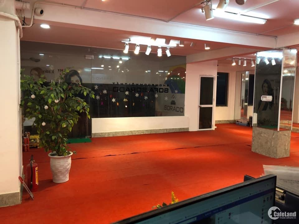 cần cho thuê gấp văn phòng 850m cực đẹp mặt phố Nguyễn phong Sắc Quan Hoa Cầu g