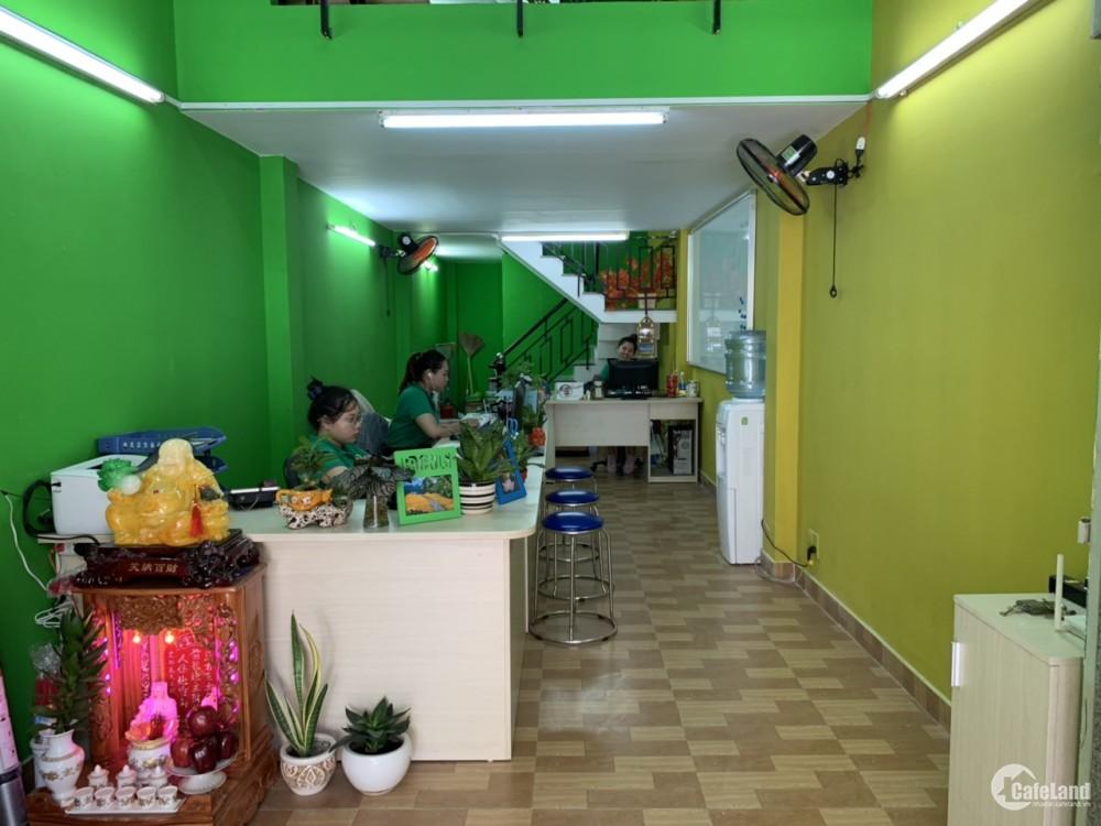 Cho thuê gấp nhà MẶT TIỀN vị trí ĐẮC ĐỊA Nguyễn Văn Cừ, P1, Q5, TP HCM, CỰC HOT