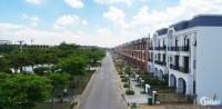 Nhà phố xây dựng 1 trệt 2 tầng, giá bán 3.3 tỷ/ căn, diện tích 100m2 ( 5x20 ).