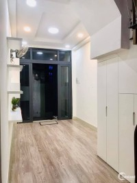 TRUNG TÂM QUẬN 1, Trần Đình Xu, nhà đẹp dạng homestay dt 30m2, 4 lầu, 4pn.