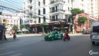 Cho thuê nhà phố Văn Cao, MT: 4,5m  DTMB: 90m2, nhà 4 tầng, cầu thang cuối nhà.