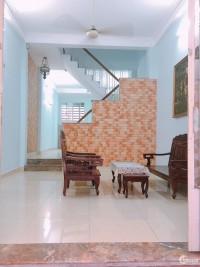 Nhà nguyên căn gần sân bay Tân Sơn Nhất, 4x15m , 3 lầu. Giá : 23 triệu