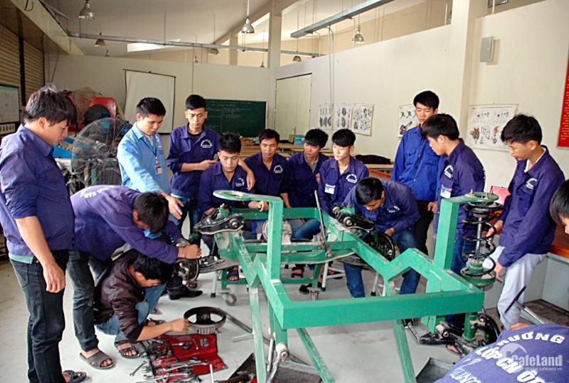 Sang nhượng trường kỹ thuật nghề tại Hà Nội. LH: 0399341930 Quang