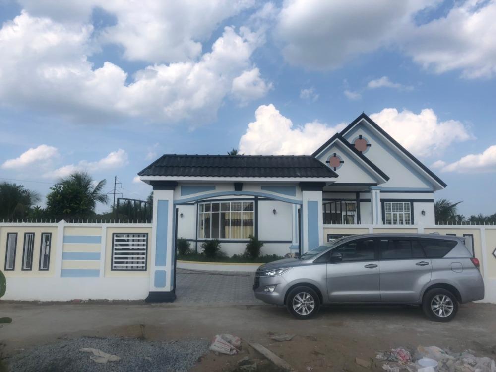 Bán nhà đẹp tại đường Vành Đai, phường Phú Tân, tp Bến Tre.